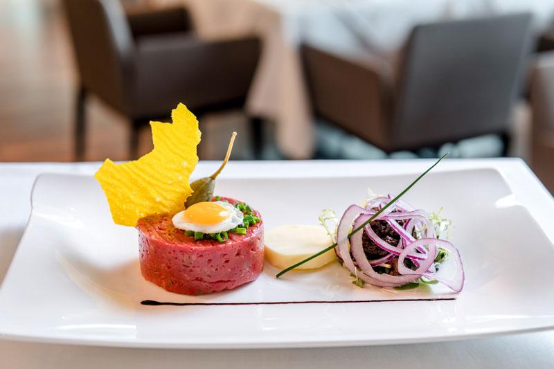 Beef Tatar vom Weiderind IMLAUER HOTEL PITTER Salzburg