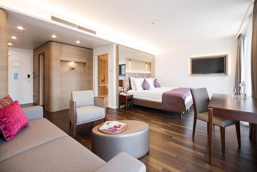 kompaktes übersichtliches zimmer IMLAUER HOTEL PITTER Salzburg