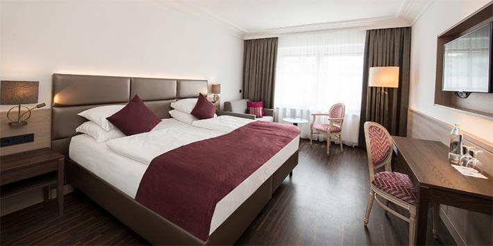 Luxuriöses Doppelbett IMLAUER HOTEL PITTER Salzburg